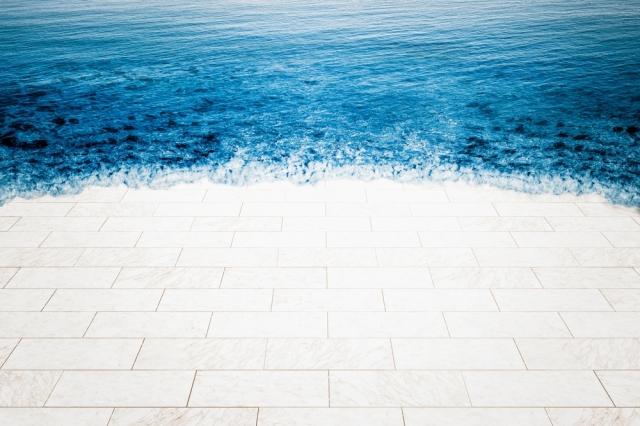 087325882-marble-floor-being-flooded-sea